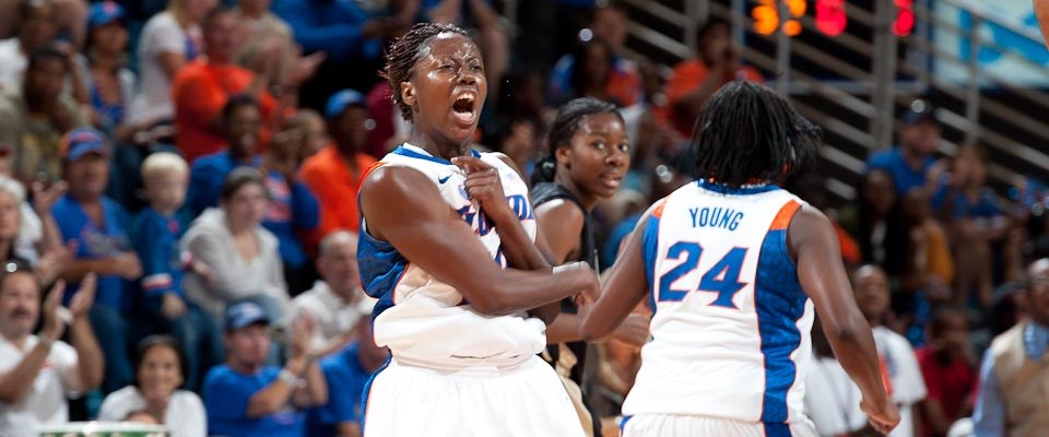 cb10af7219c W-Basketball Battles Past UCF for WNIT Season-Opening Victory ...