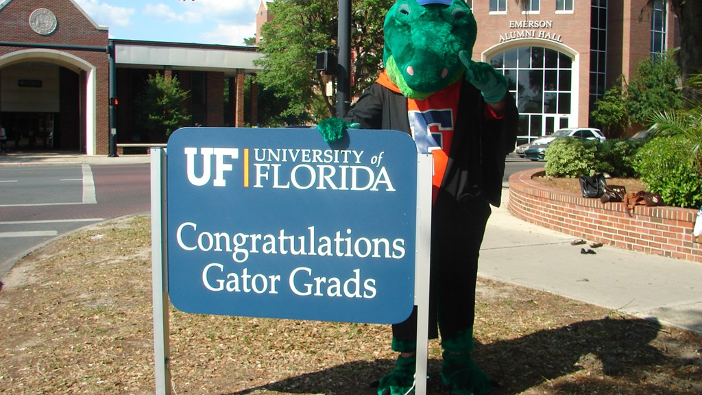 22 UF Student-Athletes to Participate in Fall Commencement