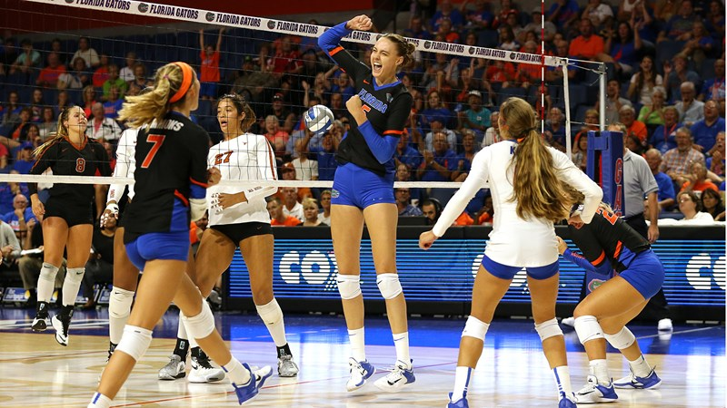 Hall Kramer Named To Usa Volleyball S Top Collegiate National Team Florida Gators