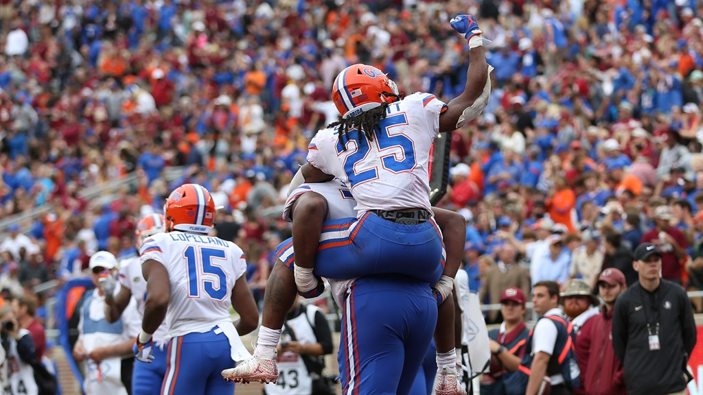 d731c7556380 Poised Gators Get Streak-Busting Win Over Seminoles - Florida Gators