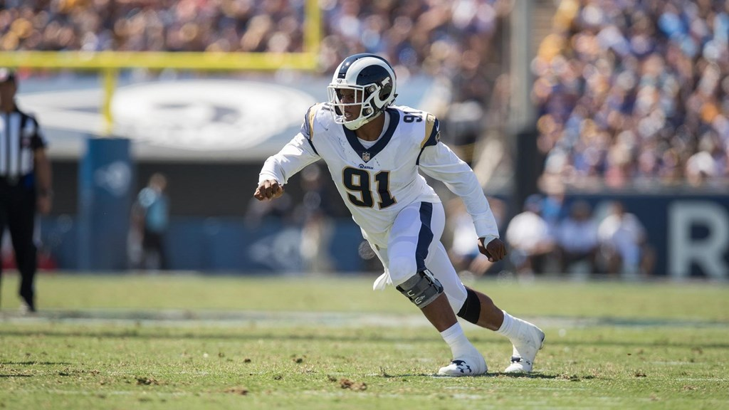 Gators in the NFL – Divisional Weekend. Dominique Easley against the Los  Angeles ... 489ce5f8fda